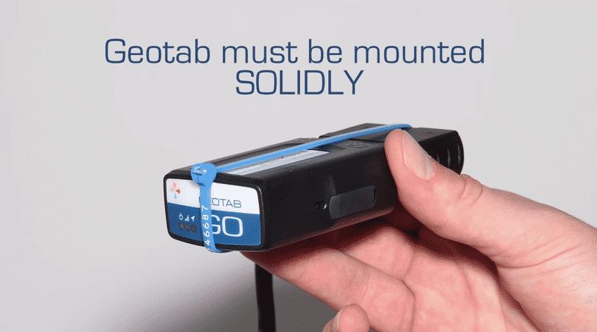 Bild: Geotab Kabelbinder Manipulationsschutz - Geotab Hardware muss fest montiert werden